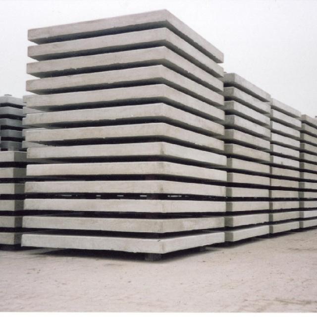 Betonplaten met hoeklijn Enkelnet - 15 ton - C50/60