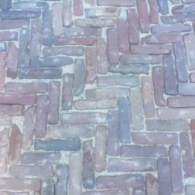 Oud Gebakken Waalformaat rood paars genuanceerd