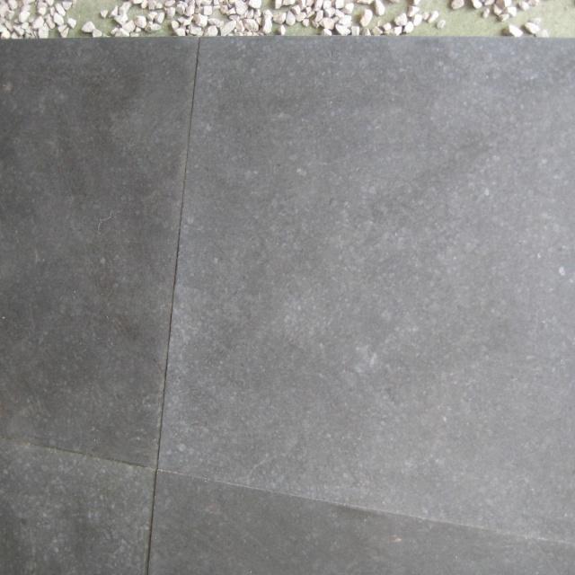 Basalt Zwart Gezoet