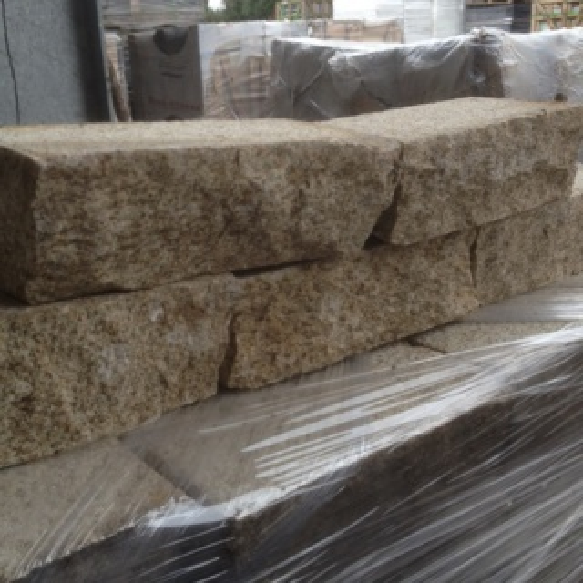 Stapelblok Graniet Behakt (HGMG01603)