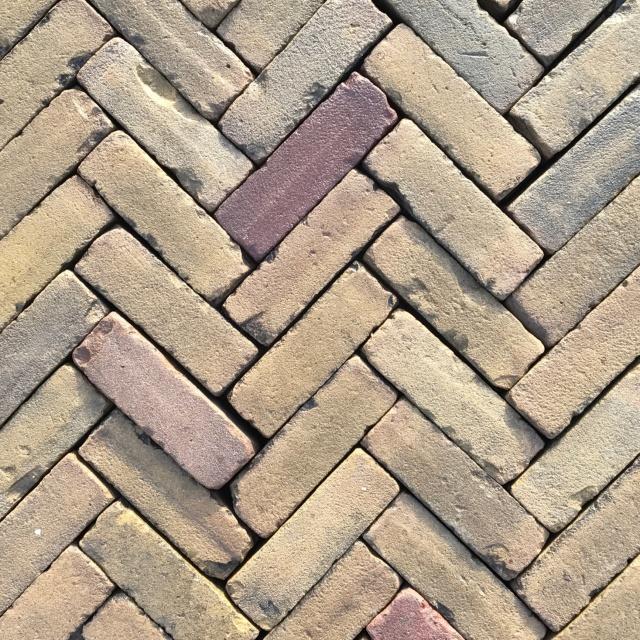 Oud Gebakken Dikformaat Geel Brons