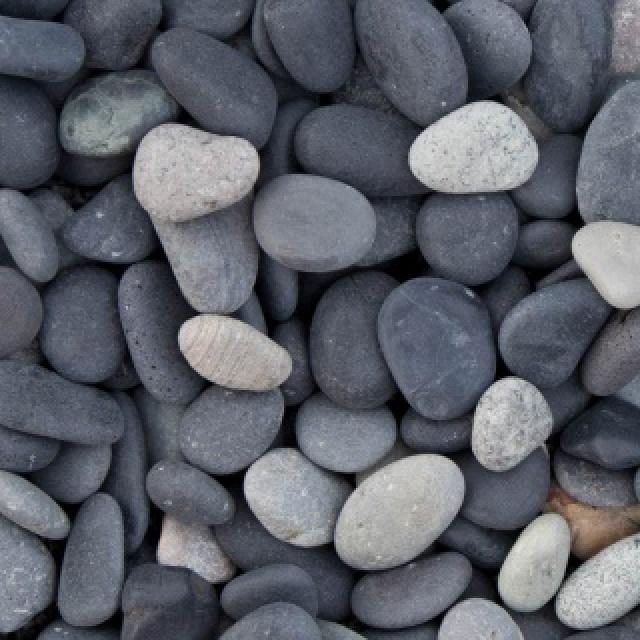 Beach pebbles zwart 5/8