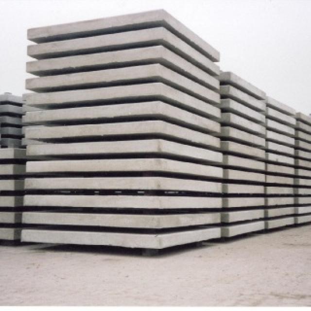 Betonplaten met hoeklijn Enkelnet - 20 ton - C50/60