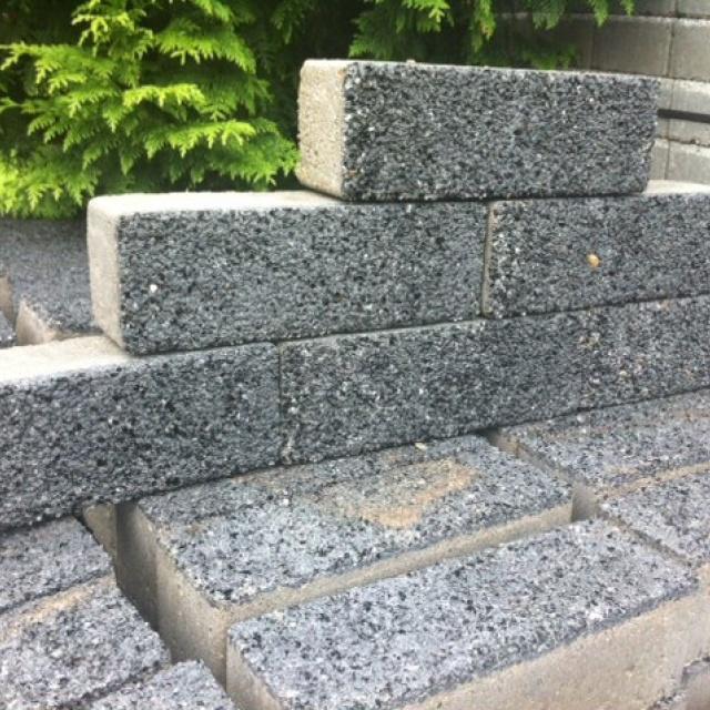 Klinkers grijs zwart gespikkeld (partij 20 m2)
