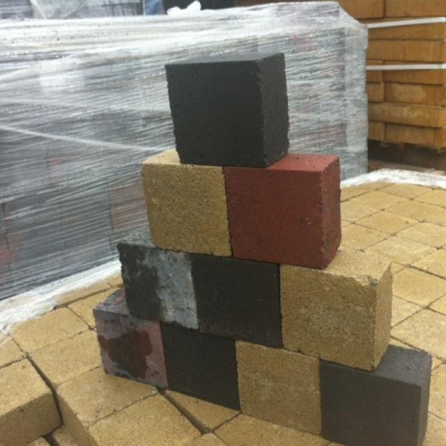 Cobblestones rood brons zwart
