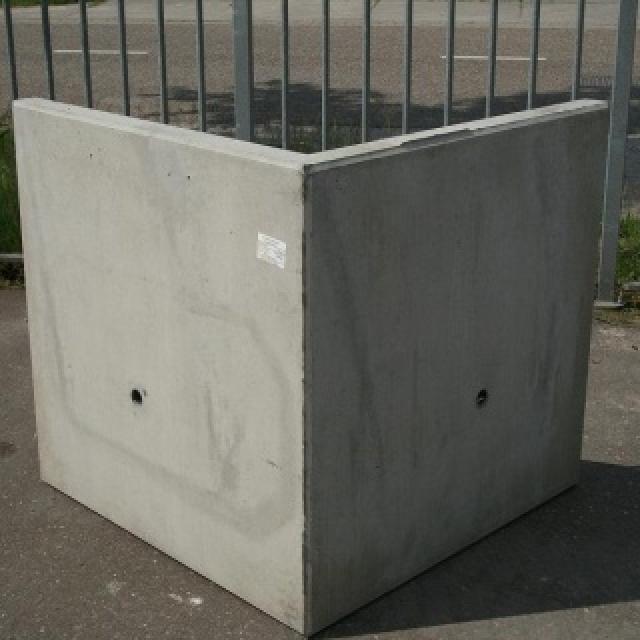 Keerwand Hoekstuk:  Hoog 60cm