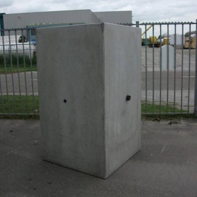 Keerwand Hoekstuk:  Hoog 175cm